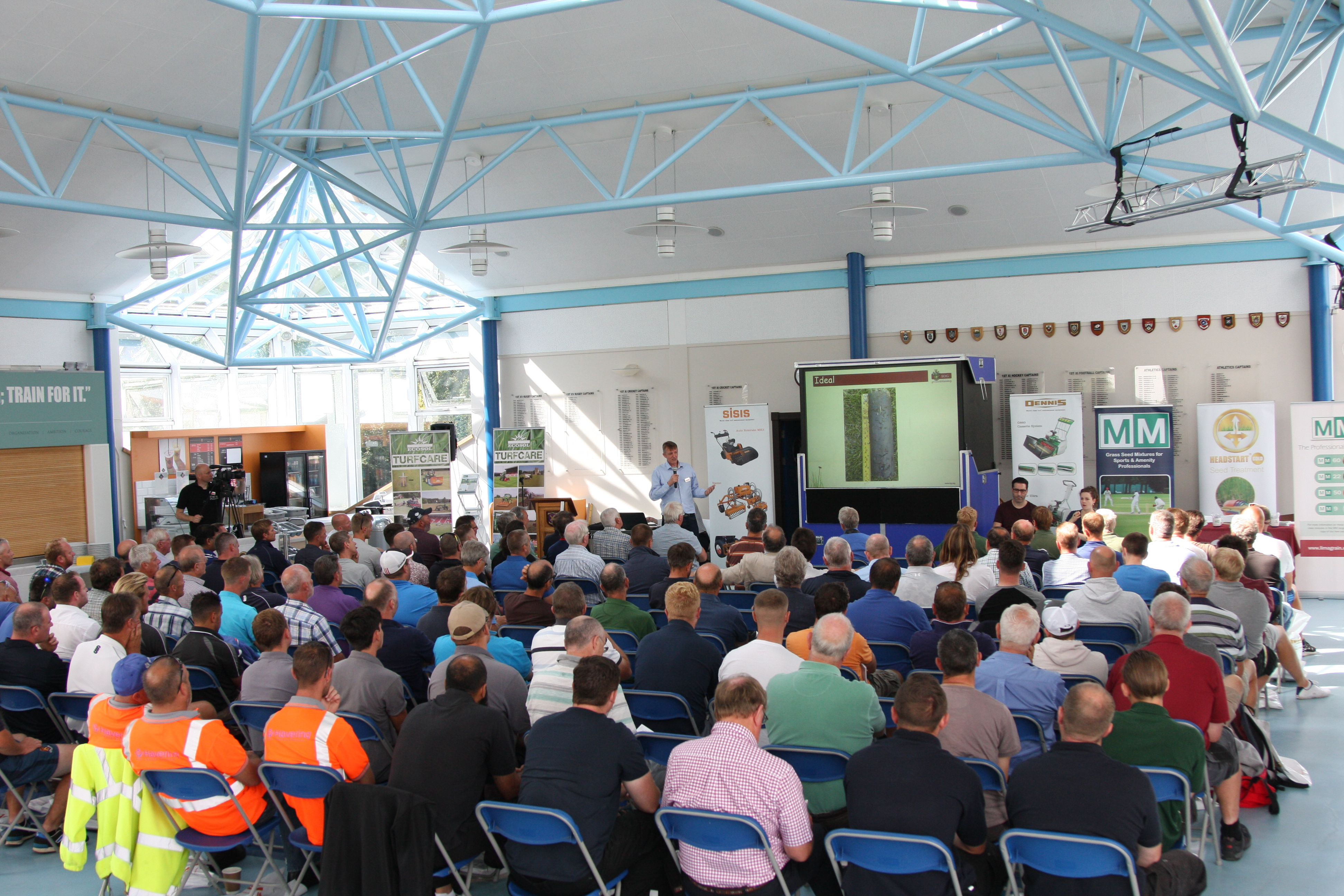 Dennis & SISIS launch new Groundcare Seminar